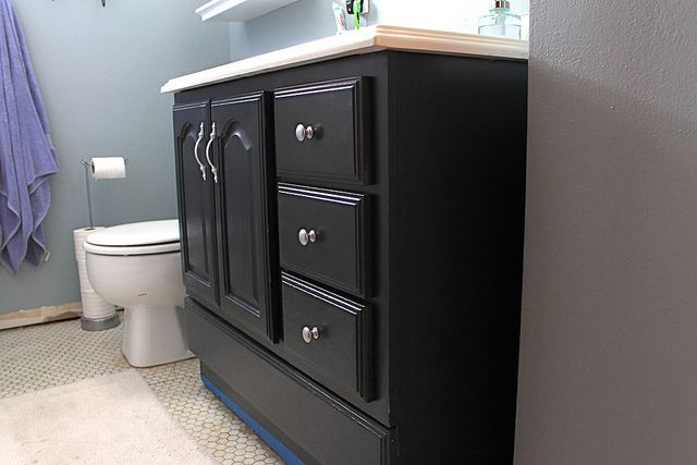 Bathroom Vanity Makeover By Decor Adventures Annie Sloan Chalk Paint For The Home Pinterest