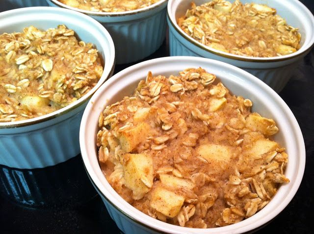 Lucky Zucca: Apple Pie Baked Oatmeal | Healthy cooking | Pinterest