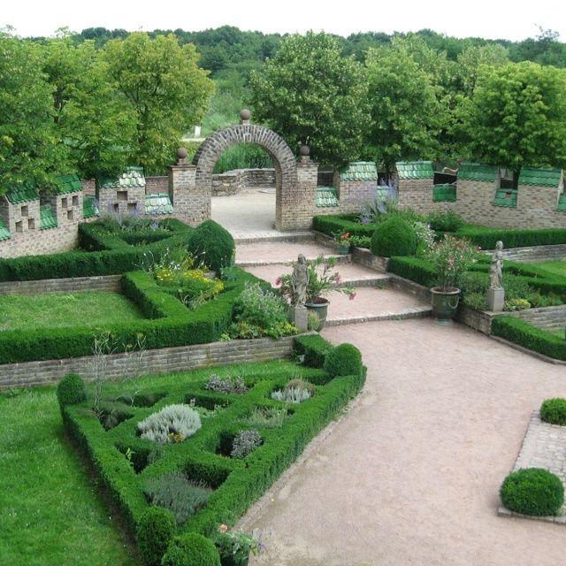 French Formal Garden French garden Formal Gardens