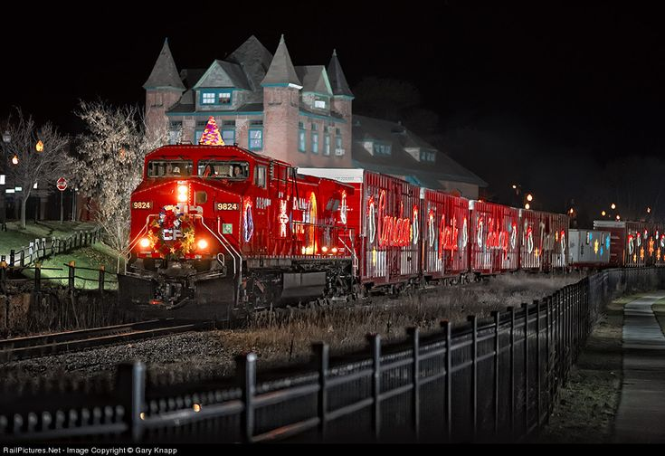 Canadian pacific holiday train - poem by saiom shriver