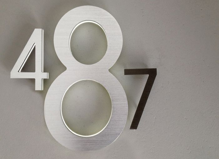 Cool large house numbers inspira o de design pinterest for Big modern house numbers