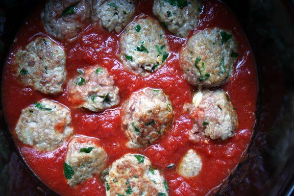 Design and Dishes: Dish | Crock Pot Italian Turkey Meatballs