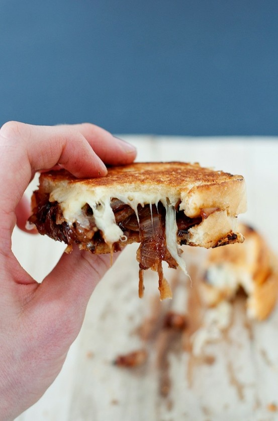 French Onion Soup Grilled Cheese | Food I want to make | Pinterest