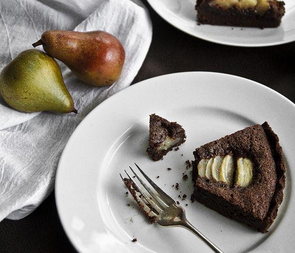Chocolate-Pear-Tart | Food Photography | Pinterest