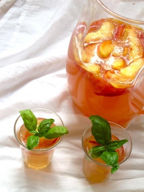 Peach basil lemonade--BASILLLLL!!!   Food I Want in my Belly!   Pinte ...