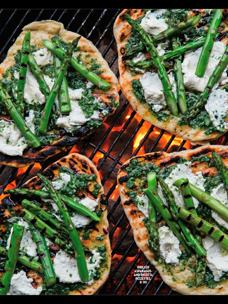 Grilled Asparagus And Ricotta Pizzettes | Comida | Pinterest