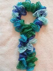 Twist ruffled crochet scarf  Yarn Crafts & Tips  Pinterest Twist Crochet Scarf