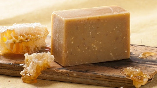 Raw Honey and Oatmeal Cream Soap by goldcreeksoap on Etsy