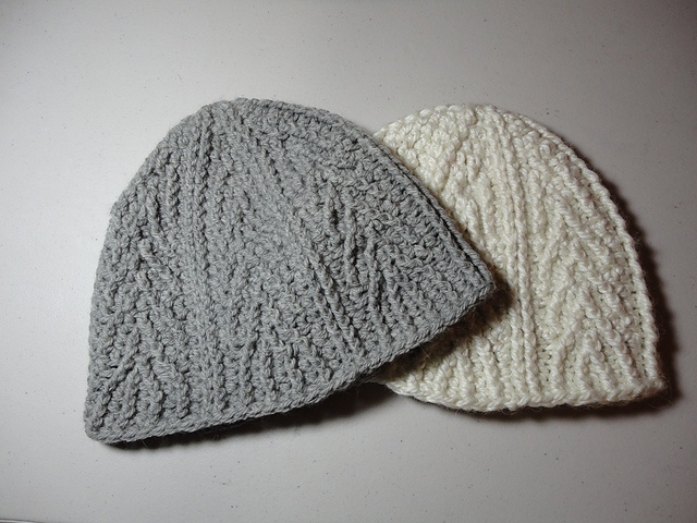 Ravelry: Crochet on Ravelry patterns hats/ yarn Pinterest