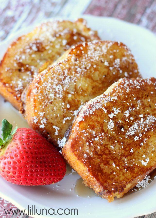Pound Cake French Toast! YUMMY! { lilluna.com }