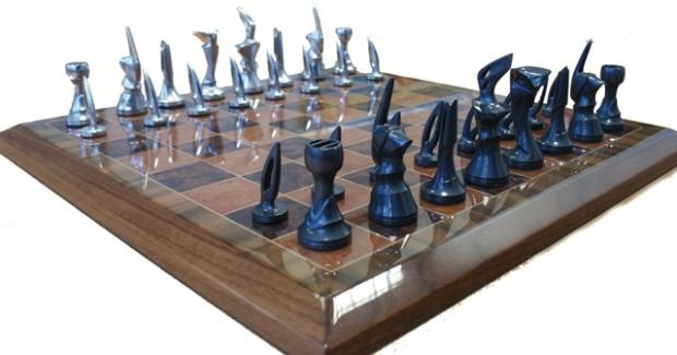 Unique veneered chess set mid century and cool chess sets pintere - Coolest chess sets ...