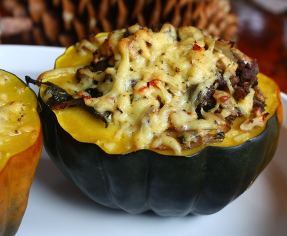 Paleo Stuffed Acorn Squash | Time to Eat | Pinterest