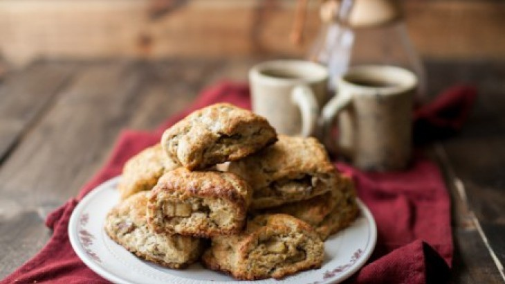 apple and cheddar scones caramel apple scones gruyere apple ...