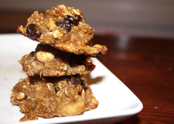 vegan quinoa chocolate chip cookies | guilt-free delish | Pinterest