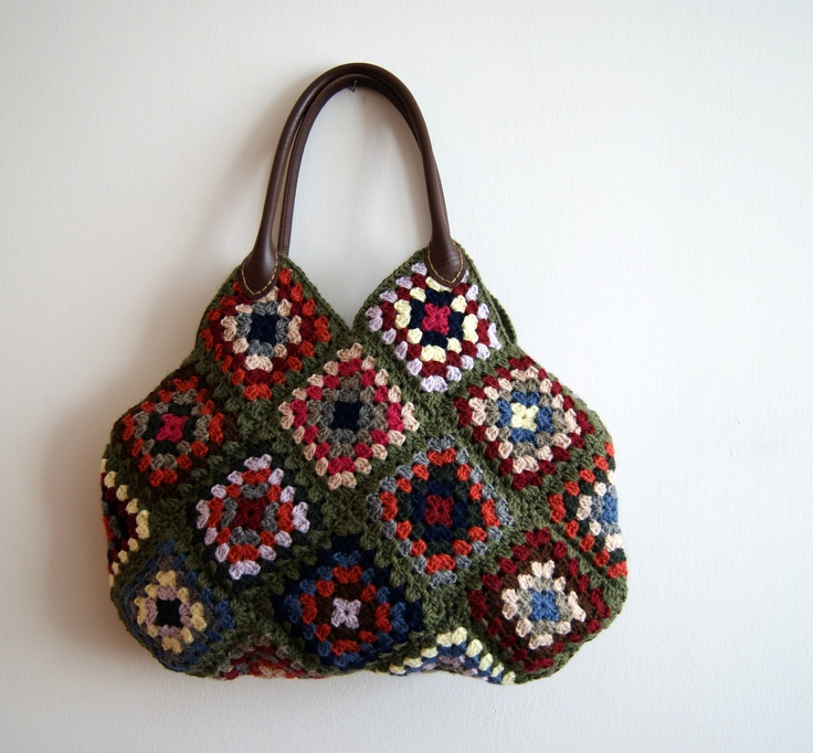 Crochet Granny Square Purse : Crochet granny square bag.