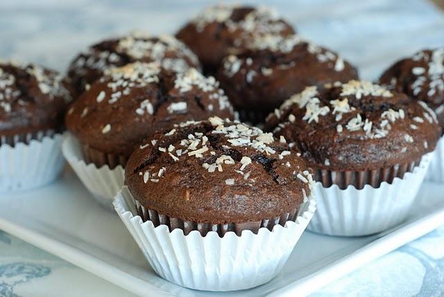 Chocolate Banana Coconut Muffins | Naughty Sweet Bites! | Pinterest