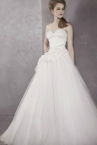vera wang wedding dress classic vera wang wedding