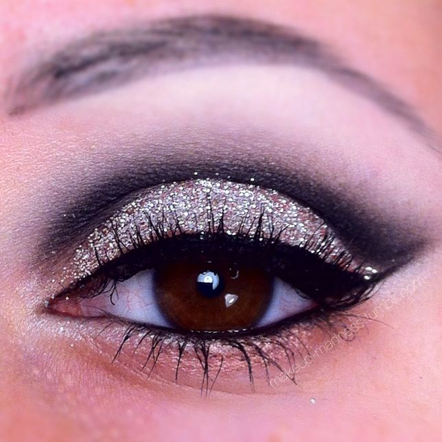 how to make my eyes sparkle