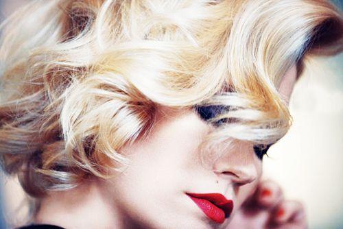 pretty hair - January Jones