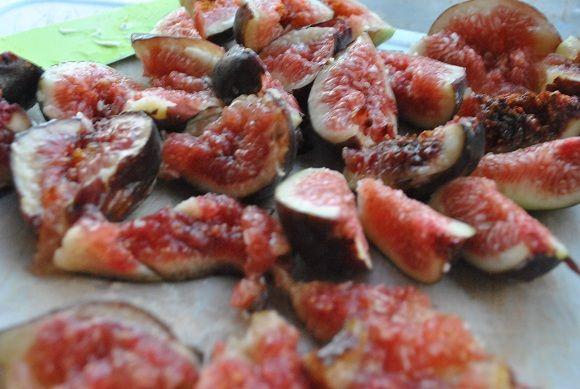 Whole Wheat Fig Ricotta Scones // via localbelle.com