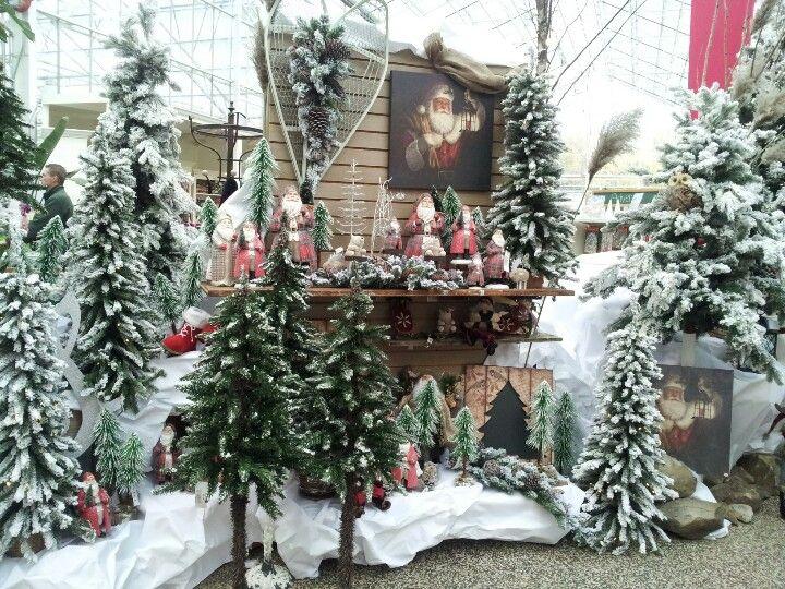 Christmas - Petitti garden center strongsville ...