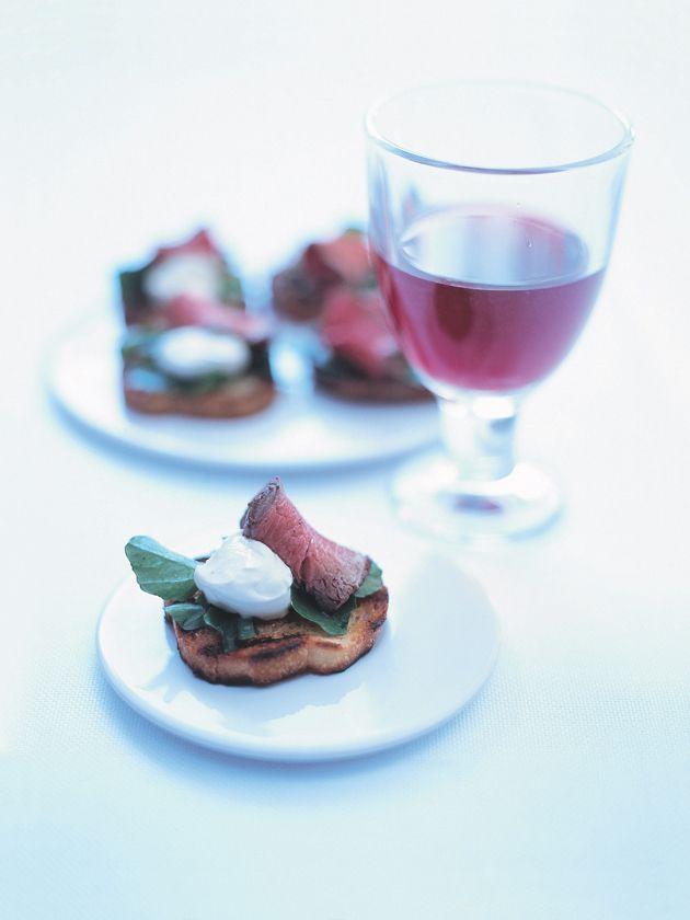 rare roast beef with horseradish cream   Pizza,Bruchetta   Pinterest