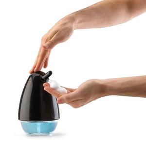 Birdie Foaming Pump Black now featured on Fab.