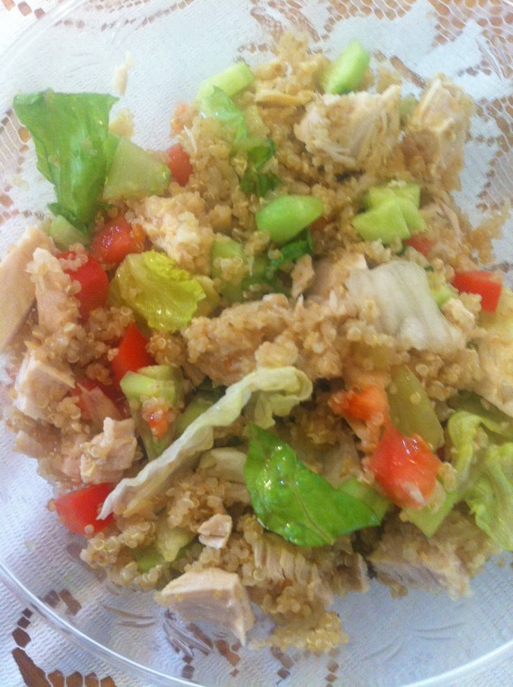 Quinoa salad with cooked chicken   yammi- l.w   Pinterest