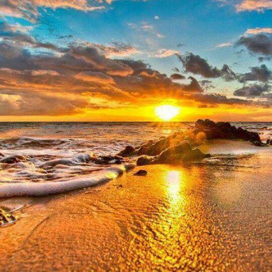 Sunrise on beach - Maui Hawaii | Sunsets Sunrise and Sky ...