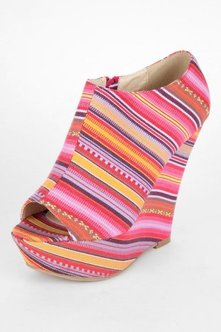 buying shoes online makes me nervous these are so freaking cute though