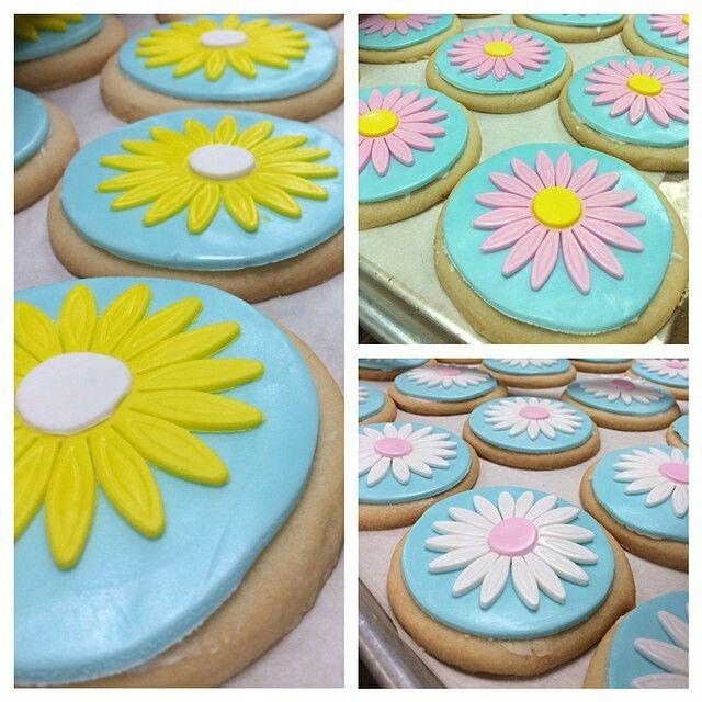 flowers bakery hiring