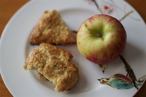 Apple Cheddar Scones | sugar mountain treats recipes | Pinterest