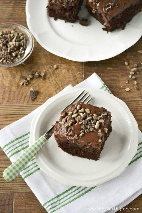 Chocolate Mint Pudding Poke Cake | Recipe