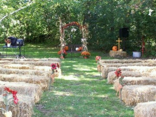Pin by misty stewart on when the day comes pinterest for Bales of hay for decoration