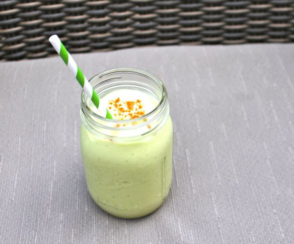 Breakfast: avocado and banana smoothie | Food & Drink that I love | P ...