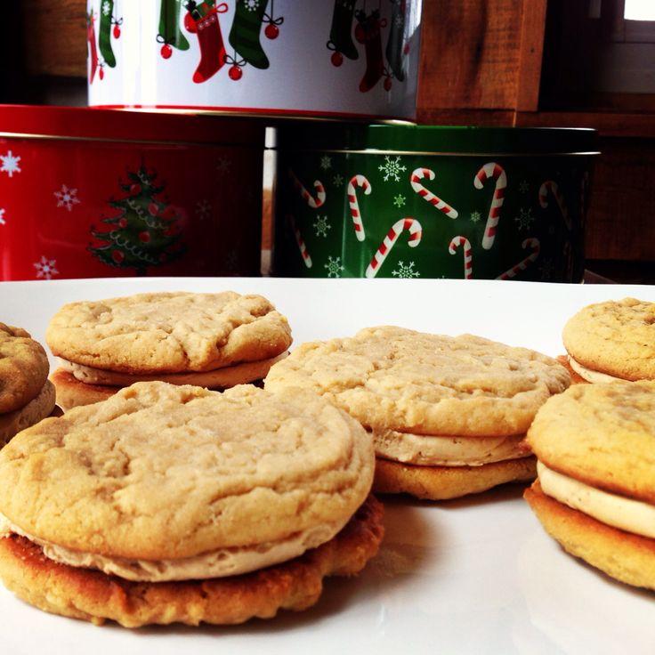 Peanut butter cookie sandwiches   Treats   Pinterest