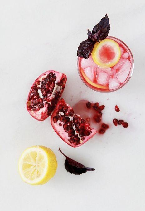 Spakling Pomegranate Cocktails   beverage   Pinterest