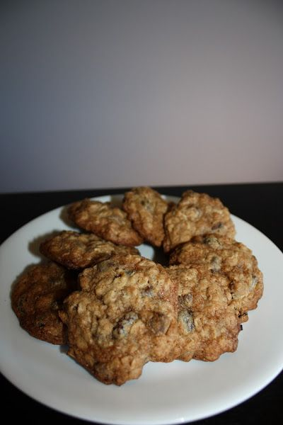 Oatmeal Chocolate-Chip Raisin Cookies - Janelle's Fine Cooking