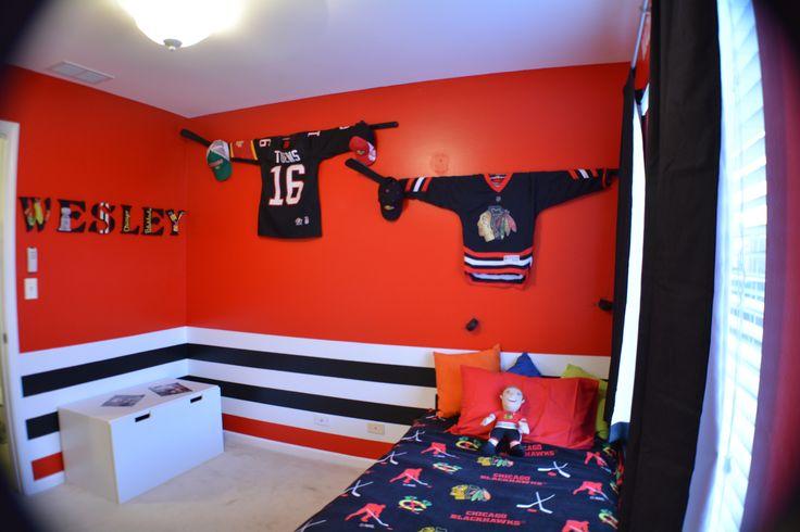Chicago blackhawks bedroom decorating ideas pinterest for Chicago blackhawk bedroom ideas