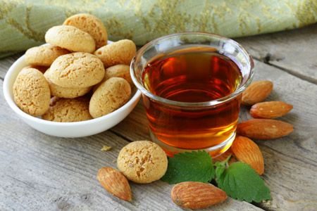 Homemade Amaretto | Fall in a jar | Pinterest