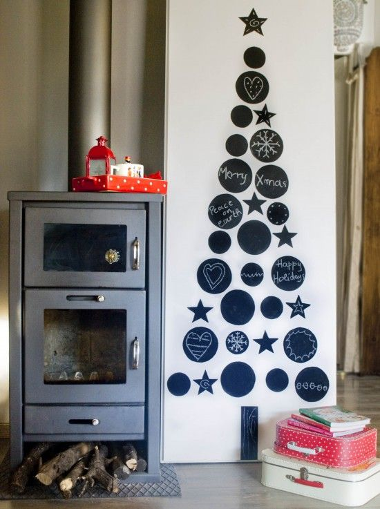 chalkboard christmas tree | holidays | Pinterest
