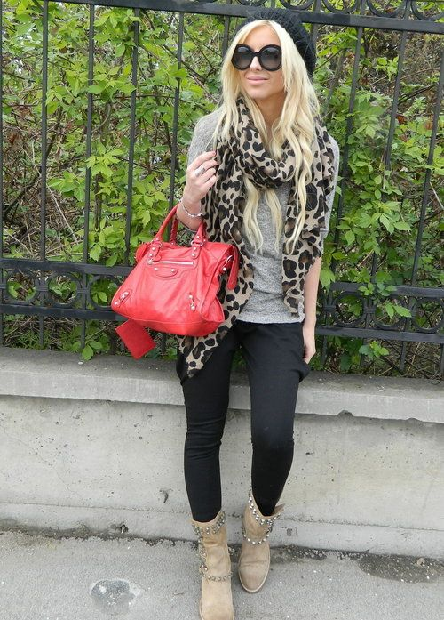 Casual day   , Balenciaga in Bags, Zara in Boots, Zara in Scarves / Echarpes, Prada in Glasses / Sunglasses