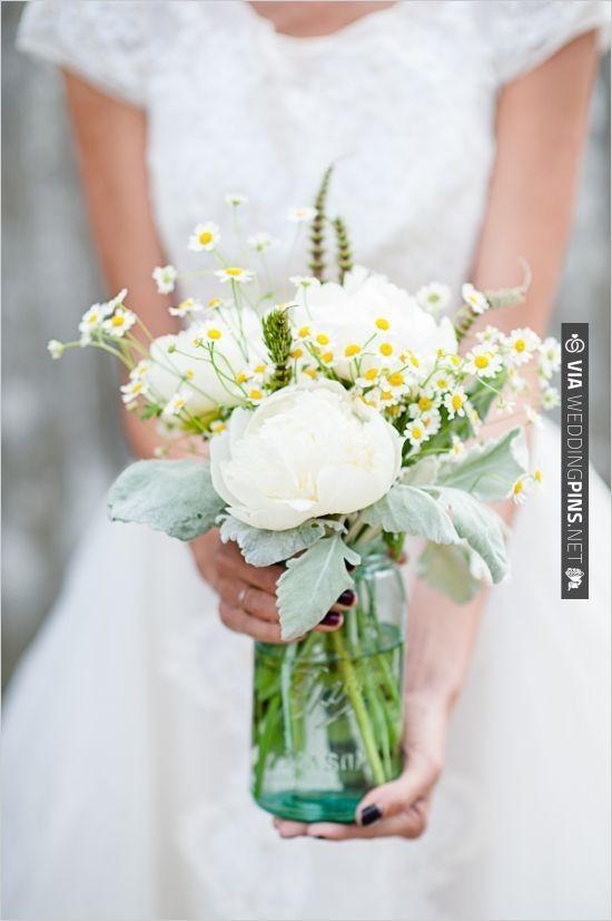 Mason jar floral arrangement i do pinterest for How to arrange flowers in mason jar