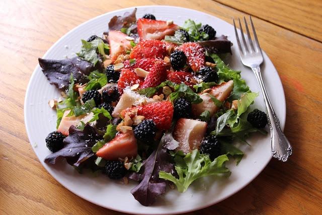 Strawberry Basil Salad   Spring/Summer Salads   Pinterest