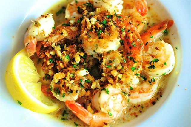 garlicky prawns with bread crumbs. | Dinner. | Pinterest