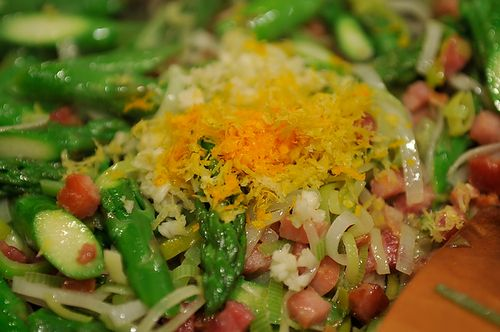 Absurdly Addictive Asparagus with Pancetta - didnt have leeks, used ...