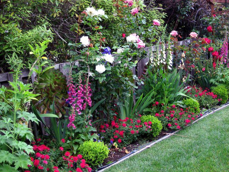 Cute garden ideas pinterest photograph pretty garden ide for Pretty garden ideas