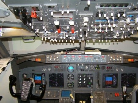 How to Visit the Cockpit of an Airliner How to Visit the Cockpit of an Airliner new pics