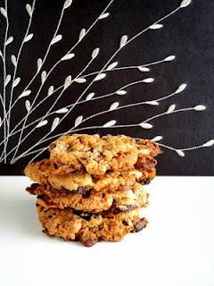 Momofuku's Cornflake Chocolate Chip Marshmallow Cookies- adapted Let ...