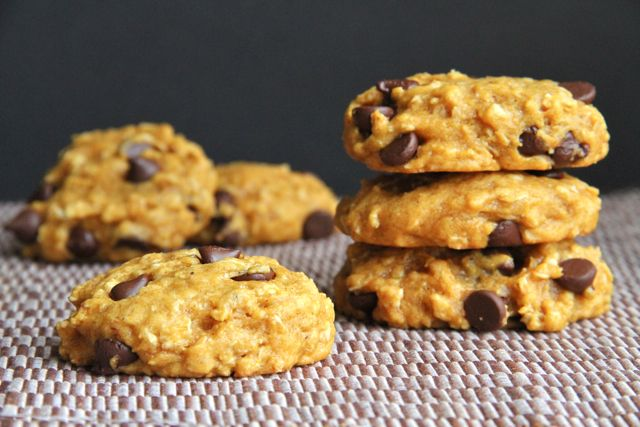 Pumpkin Oatmeal Cookies (3/4c whole wheat flour, 1/2c oats, 1/4c sugar ...